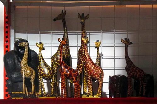 来自非洲马里的装饰品-2012中国 国际投资贸易洽谈会图片