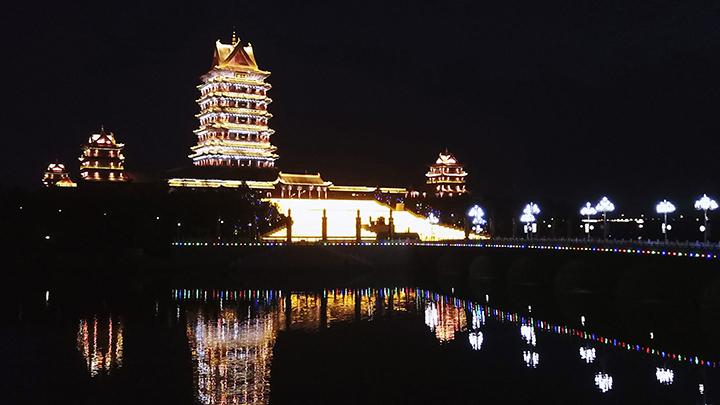 黃河樓夜景 扮靚黃河兩岸