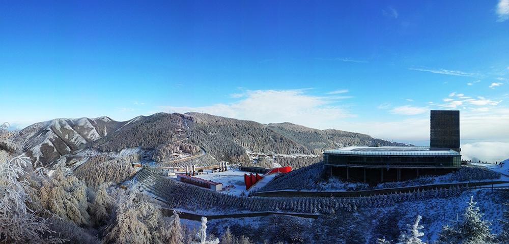 六盤山紅軍長徵景區冬季景色