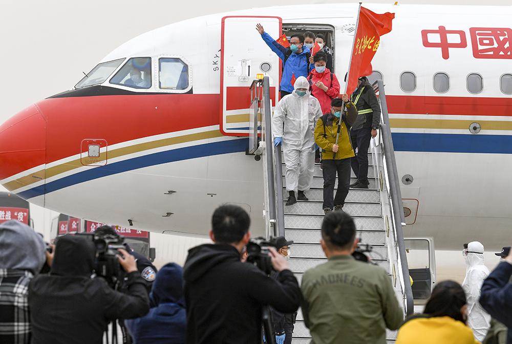寧夏支援湖北醫療隊323名醫護人員抵達銀川