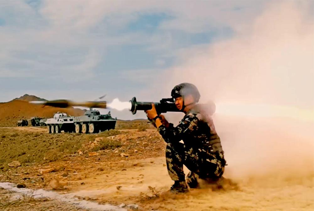 武警寧夏總隊機動支隊組織重火器實彈射擊演練