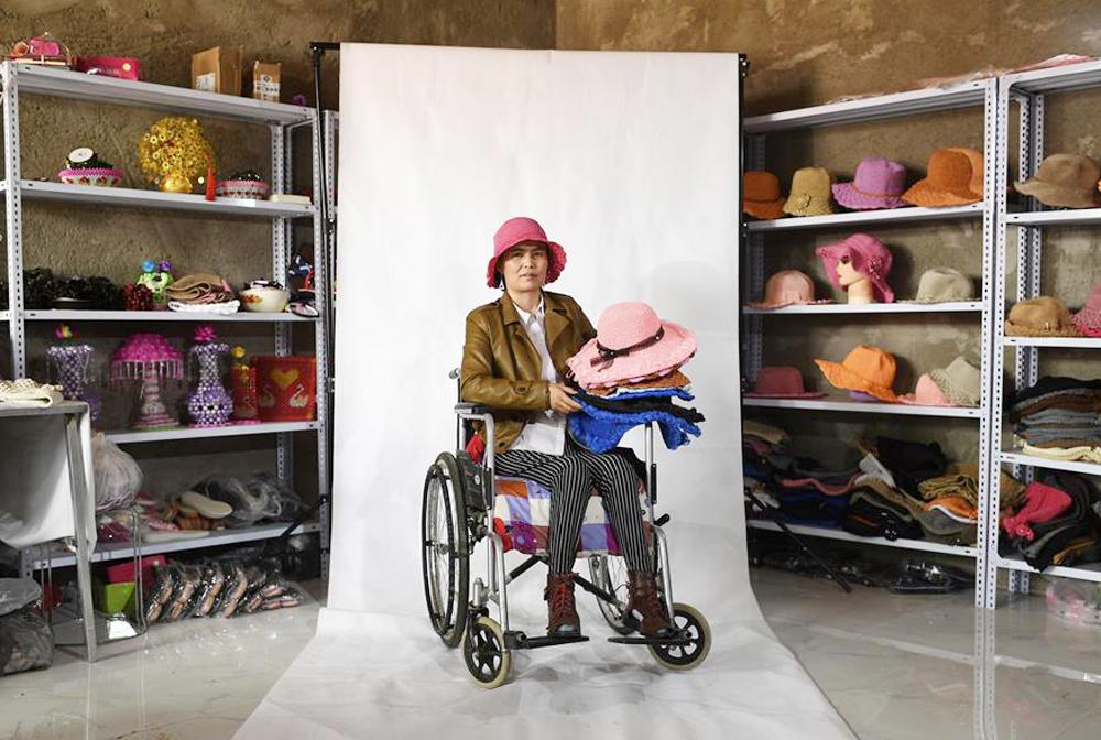 何文花:輪椅上編織幸福人生