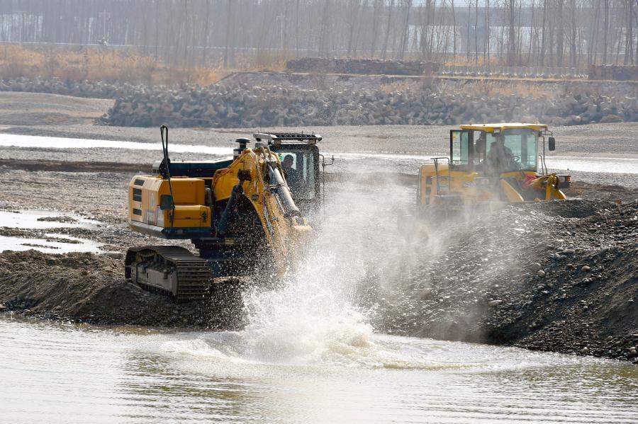 黃河河道清淤疏浚忙